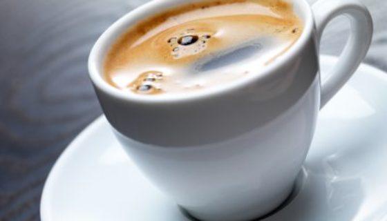 Vous voulez arrêter le café? Découvrez un substitut de café efficace et sain