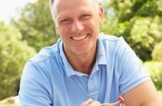 L'hypertrophie prostatique touche une majorité d'hommes après 50 ans.